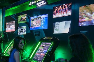 Salas de juego de Versus y VivalaSuerte